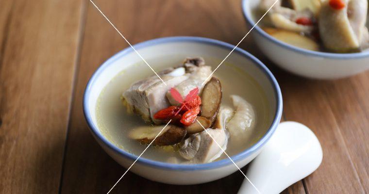 訂戶獨享:【牛蒡發酵酒雞湯】暖胃也暖心