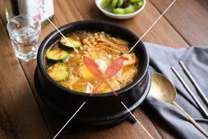 tofu-and-miso-hot-pot-with-sauce