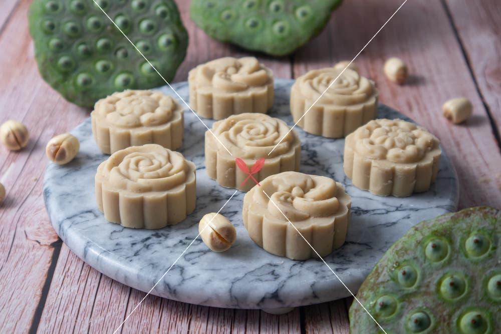 lotus-seed-cake