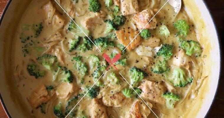 訂戶獨享:【鮭魚時蔬白咖哩】加入椰奶,微甜微辣更下飯!