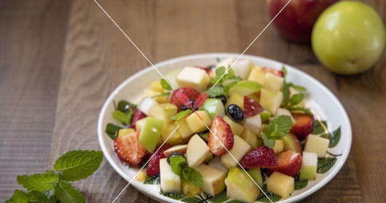義式主廚-創意鳳梨食譜:義式傳統沙拉Macedonia,當季水果新鮮上桌!
